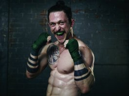 jonathan_tucker_kingdom