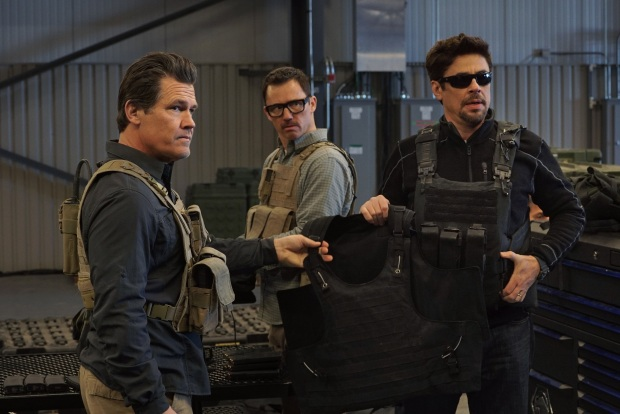 (l to r) Josh Brolin, Jeffrey Donovan and Benicio Del Toro