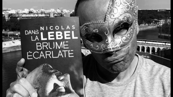 dans_la_brume_ecarlate_nicolas_lebel_contagieux